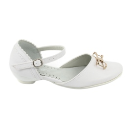 Pantofi de balerină cu pandantiv Miko 707 alb