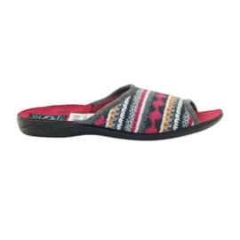 Papuci adanex norvegieni