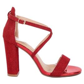 Sandale pe postul roșu NC791 Roșu