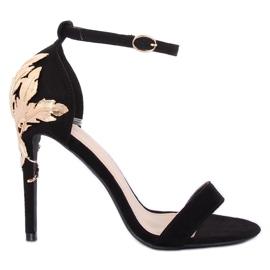 Sandale pe un stiletto negru 708-18 Negru