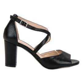 Sandale negre pe postul UP al VINCEZA negru