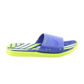 Bărbați pentru papuci de la Atletico
