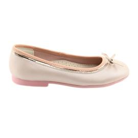 Balerinele cu o perlă de argintiu roz American Club GC14 / 19