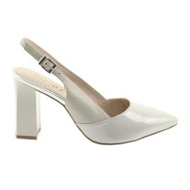 Sandale pentru femei pe postul Caprice 29604 gri