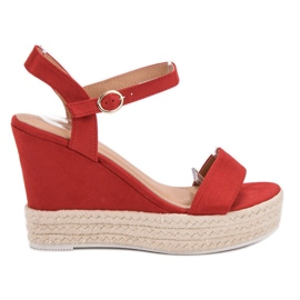 Ideal Shoes roșu Sandale elegant pe Wedge