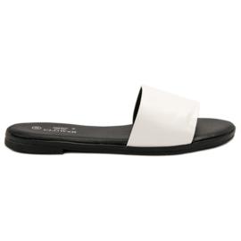 Clowse Papuci de culoare clasic alb