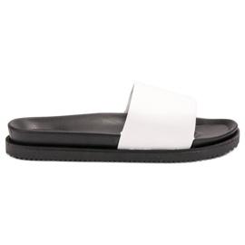 Clowse Papuci de culoare albă pentru femei