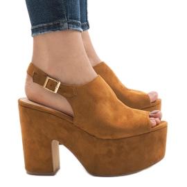 Camel sandale pe o caramida masivă 8263CA