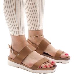 Maro Camel sandale plate cu catarama CZTZ-2K122-4