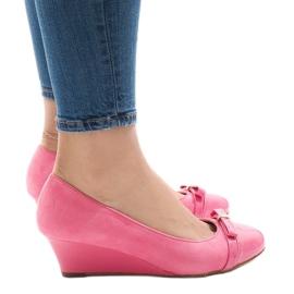 Pompe de căprioară roz pe călcâi 50987