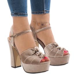 Maro Bej sandale pe piele de căprioară 8256-15