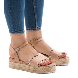 Pantofi roz pe platforma 99-46