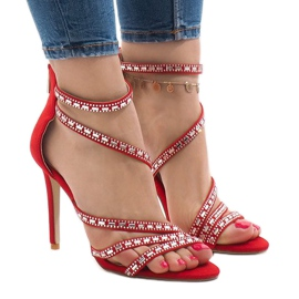 Sandale roșii pe un știft 9081-9 roșu