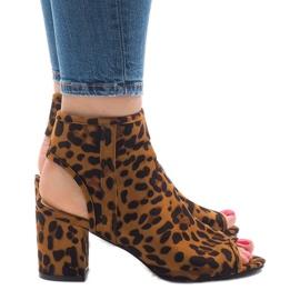 Leopard sandale cu C-7226 superior