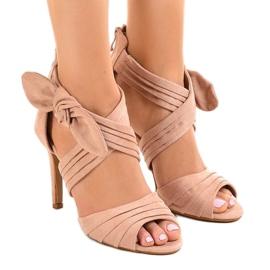 Pantofi de piele de inalta talie inalta J-23 roz