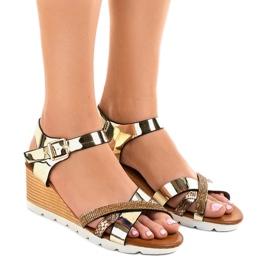 Galben Pantofi de aur decorați 3024-32