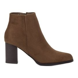 Filippo maro Suede Booties pe un bar