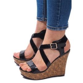 Sandale cu fustă S260 Negru