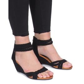 Negru Sandale negre pe o pană delicată Desun