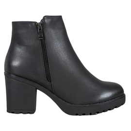 J. Star Boots On Platform negru