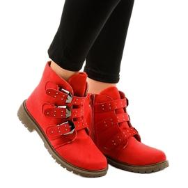 Cizme plate din piele roșie cu catarame TL95-4 roșu