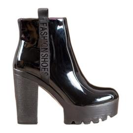 Seastar Cizme de moda lacuite negru