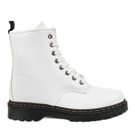 Cizme alb izolate DJH01-1