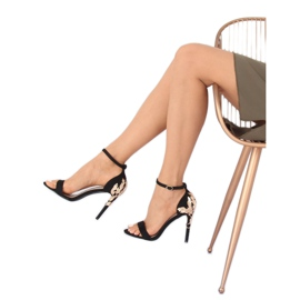 Sandale pe un stiletto negru 708-18 Negru 5
