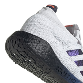 Pantofi Adidas PulseBoost Hd M EG0978 gri 1