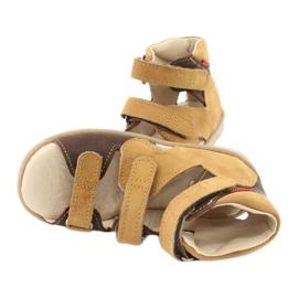 Sandale Mazurek cu profilaxie înaltă 291 maro galben 4