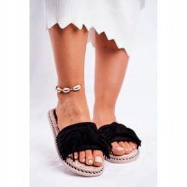 SEA Papuci pentru femei cu arc negru Thailanda 1