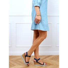Sandale bleumarin pe pene A89832 Albastru 3