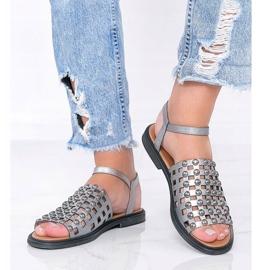 Sandale metalice gri cu știfturi Luxy 1