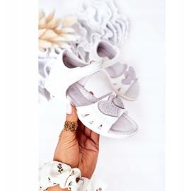 PE1 Sandale albe pentru copii cu velcro inima mea 3