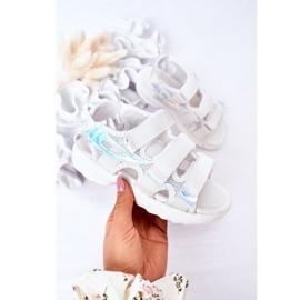 Sandale sport pentru copii cu velcro alb Flyn 2